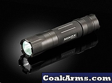 Minyak CFL 1 Compact Waterproof Flashlight