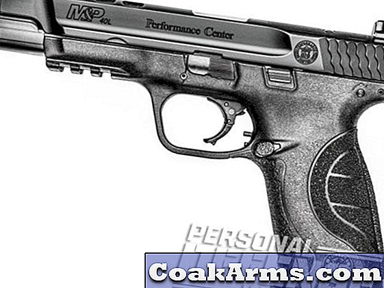 Gun Review: geportretteerd door Smith & Wesson's M & P40 Performance Center