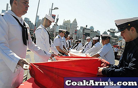 US Navy, Coast Guard Gear Up för Fleet Week New York
