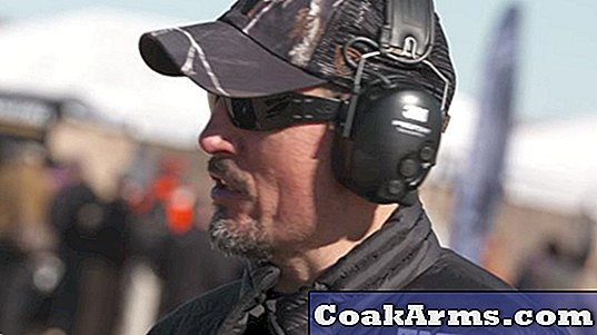Kris Paronto: 'Tanto' spreekt Guns, Gear en More op SHOT Range Day